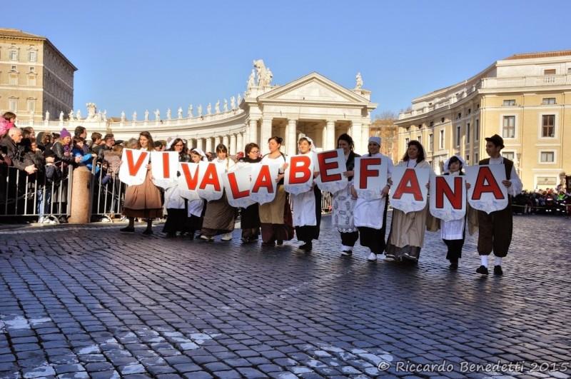 Epifania a Piazza San Pietro